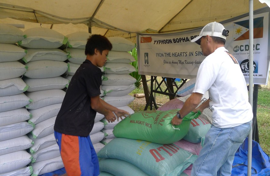 Typhoon Bopha 2012Reading Time: 1 min